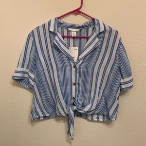 H&M Vertical Striped Button-Down Tie Front Top